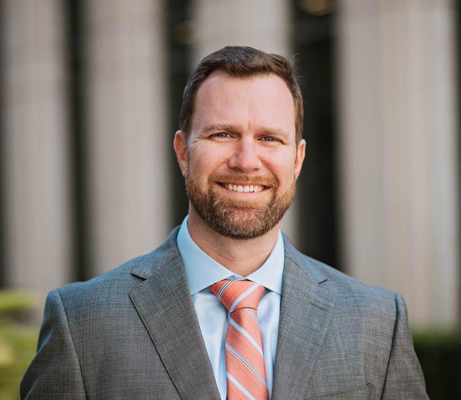 Personal Injury Lawyer Tim Snedaker